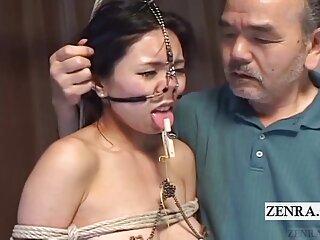 Usó el porno más los mejores videos caseros gratis simple y profundo de la garganta.