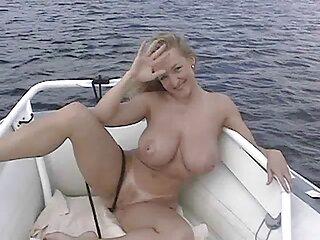 Mazmorra Corp-Tiffany Watson-rubia, bondage, mamada, bahía 1. Parte B videos caseros gratis de lesbianas